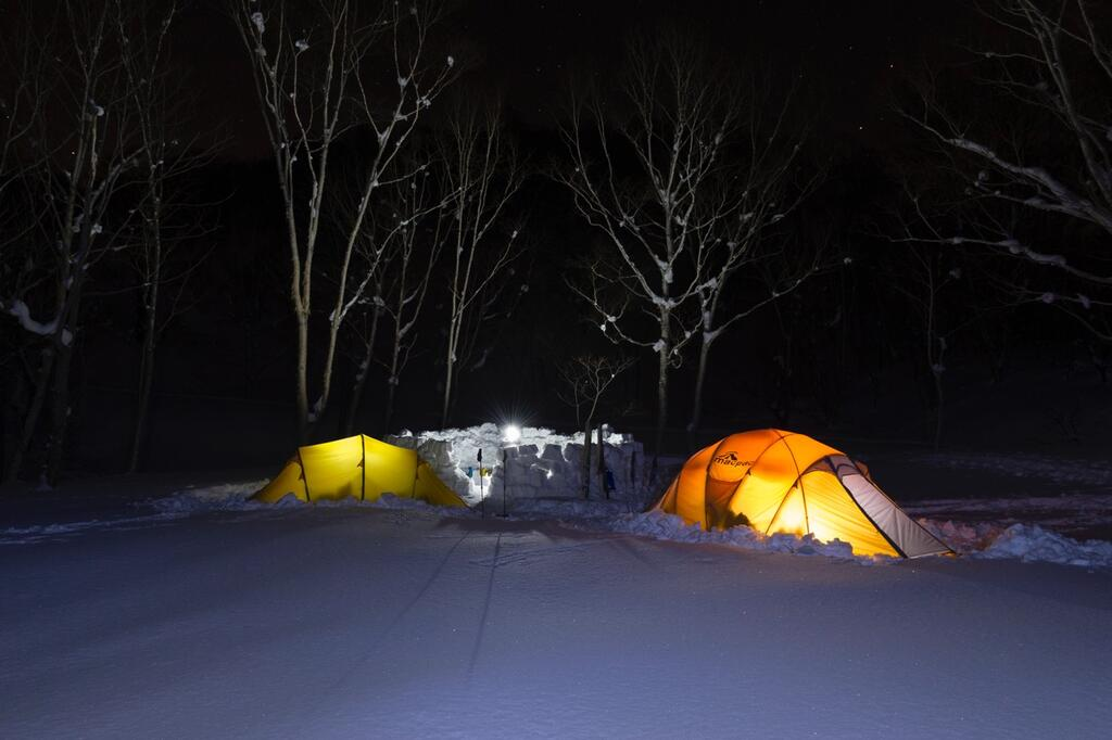 Schnee Camping
