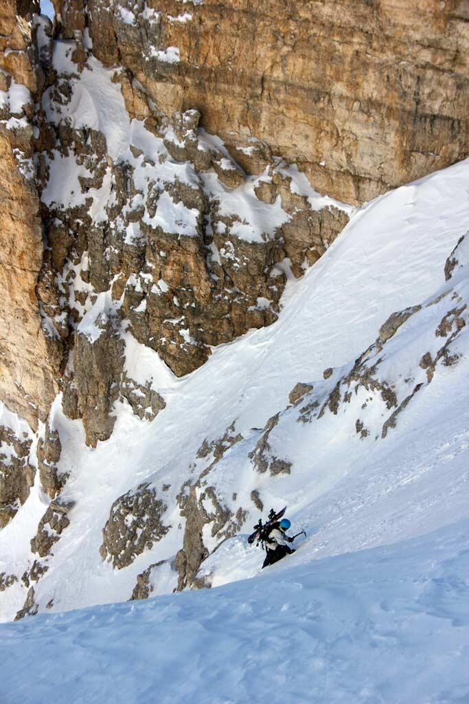 The sun is shing the gully up to Val Culea gets dangerous