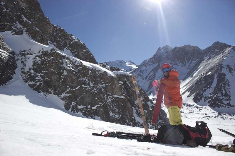 Getting prepared for Splitboarding in Cajon de maipo
