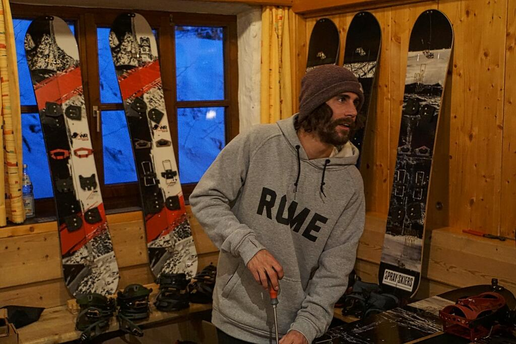 Rome Snowboards mounting