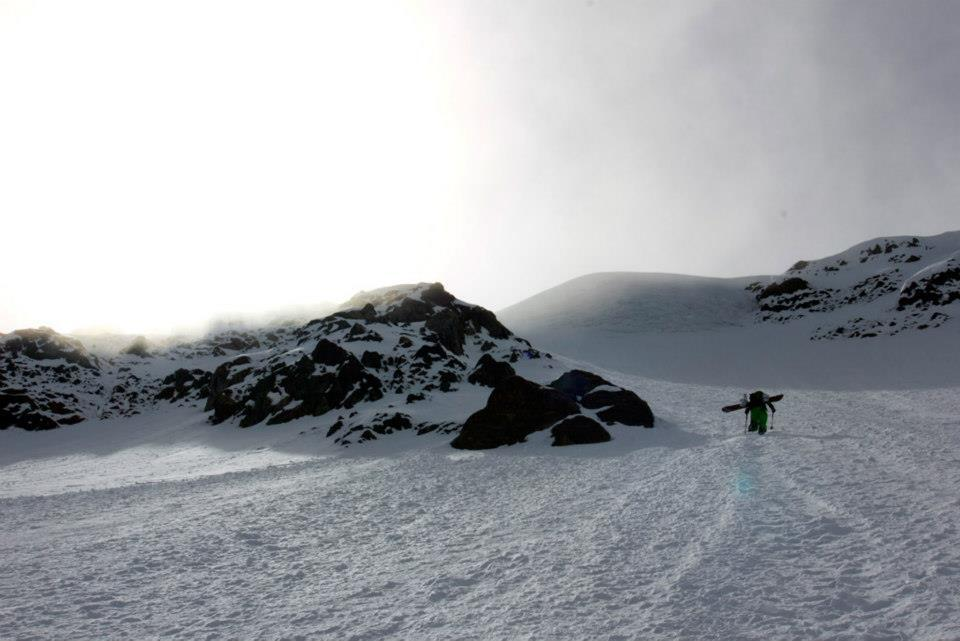 splitboard tour with crampon action at piztal