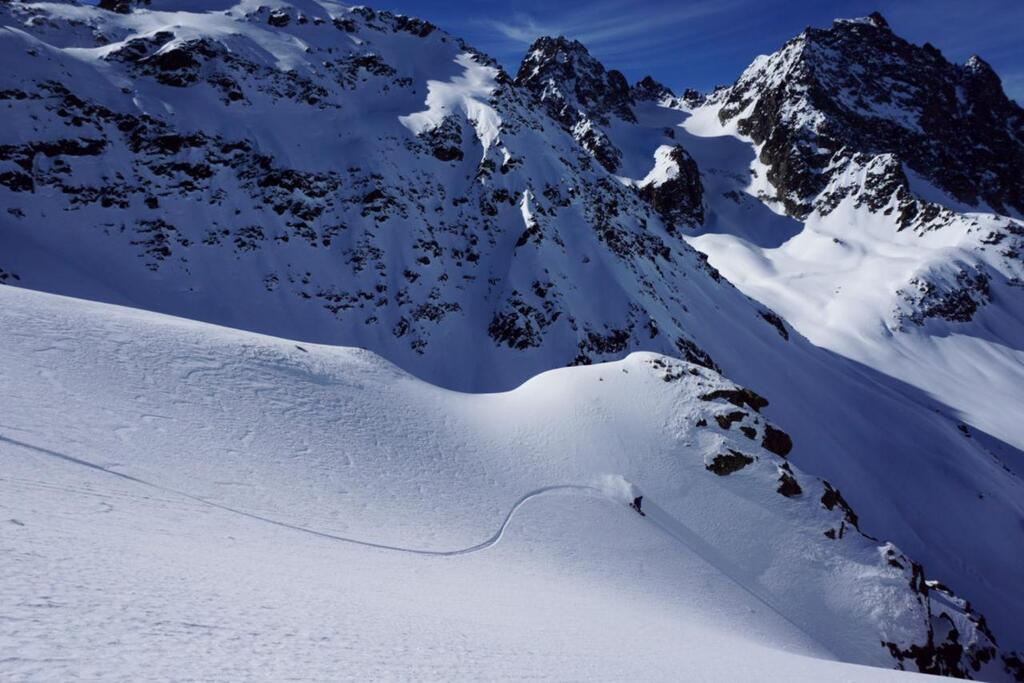Splitboarding at Arlberg first Lines