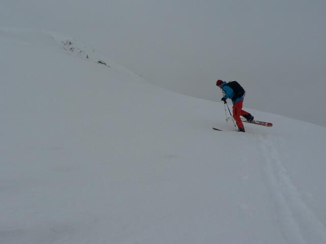 Kick-turns at the back to Schafzoll, Splitboard, backcountry route, Snowboardtouren