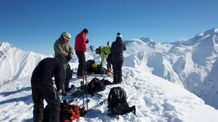 Splitters and Touring-Skiers are on a similar wave